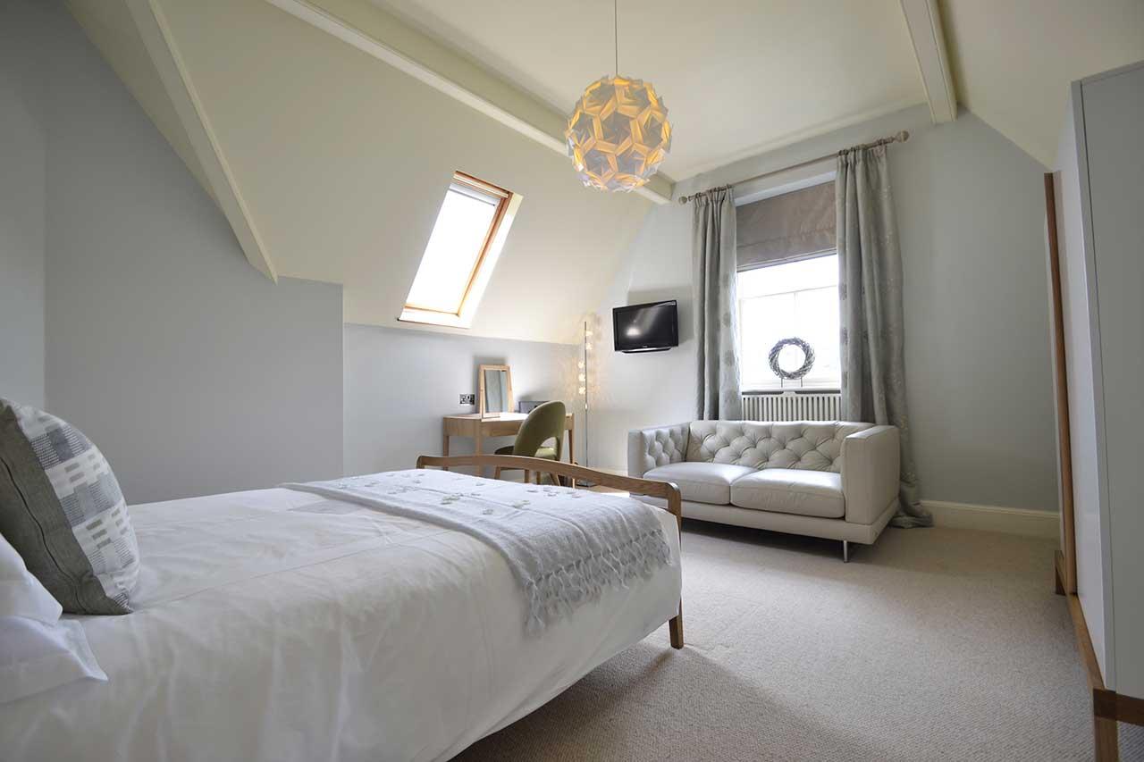 Ffynnon (Hazel Bedroom)