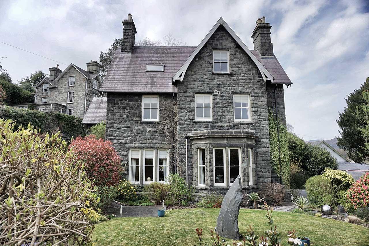 Ffynnon Town House in Dolgellau