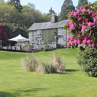 Aberdunant Hall Country Hotel in Porthmadog